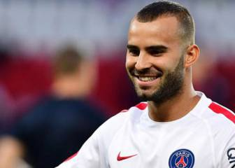 Valencia enter the fray for Jesé