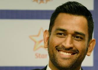 India's MS Dhoni says split captaincy doesn't work