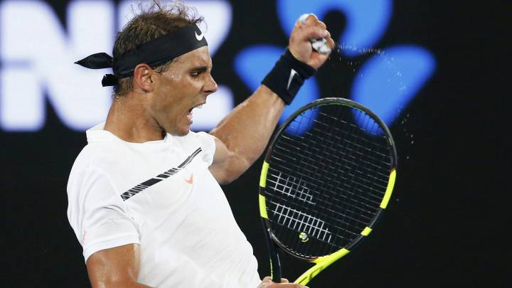 Nadal sweeps past Baghdatis and into Australian Open third round