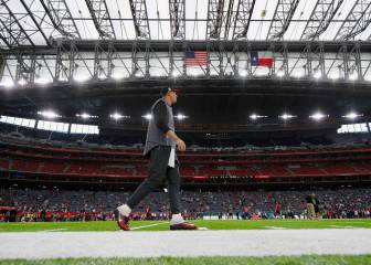 Roof to be closed for the Super Bowl as thunderstorms loom