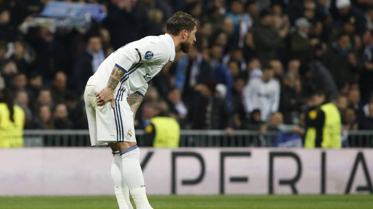 Sergio Ramos an injury worry after being replaced by Pepe