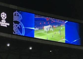 Bernabéu entertains fans with highlights of PSG\'s Barça rout