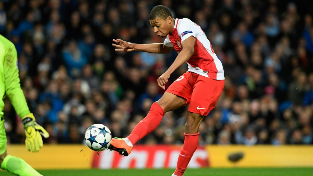 "Monaco star Bernardo Silva cheers ""amazing"" Mbappé AS"