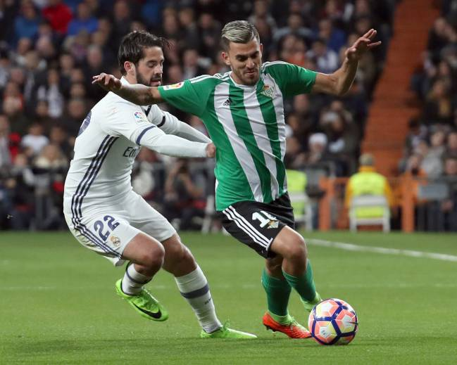 Dani Ceballos proving a handful for Real Madrid's Isco