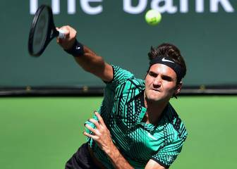 Federer and Wawrinka set all-Swiss final at Indian Wells