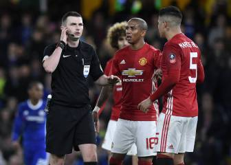 Michael Oliver to referee Spain vs Israel