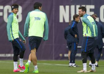 MSN return, Iniesta starts and Sampaoli changes style