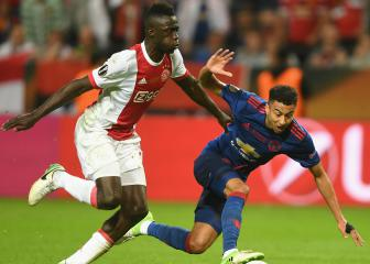 Ajax defender Sánchez would love to play for Barcelona