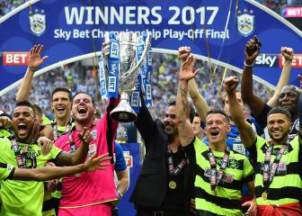 Huddersfield Town head for EPL after