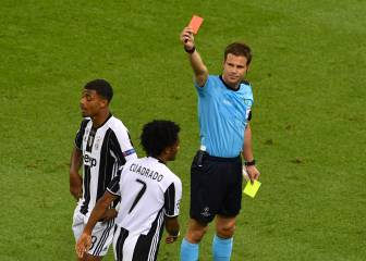 Cuadrado receives harsh red for alleged foul on Ramos