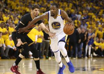 Warriors beat Cavaliers to seal NBA title