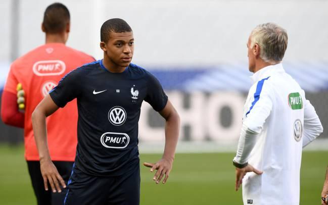 Dembele scores winner as 10-man France beat England 3-2