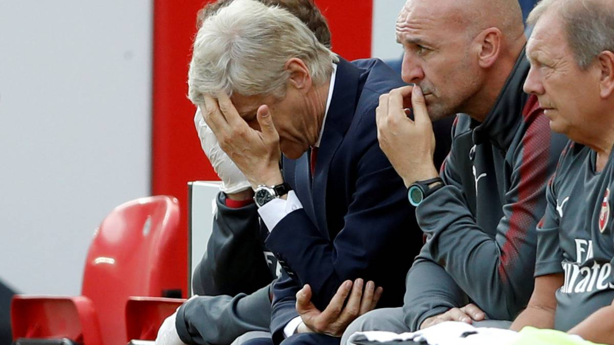 Wenger dismayed at 'disastrous' Arsenal display at Liverpool