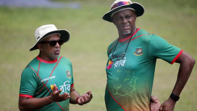 Sri Lanka appoint Hathurusingha as head coach
