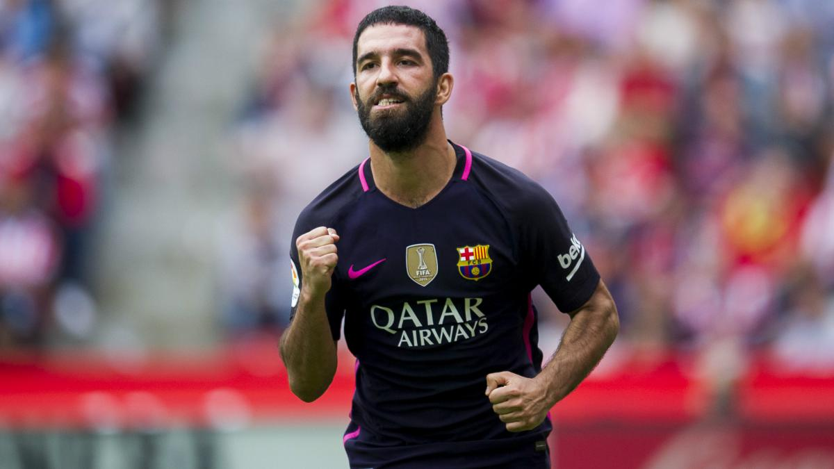 Arda Turan in talks to join Istanbul Basaksehir from Barcelona