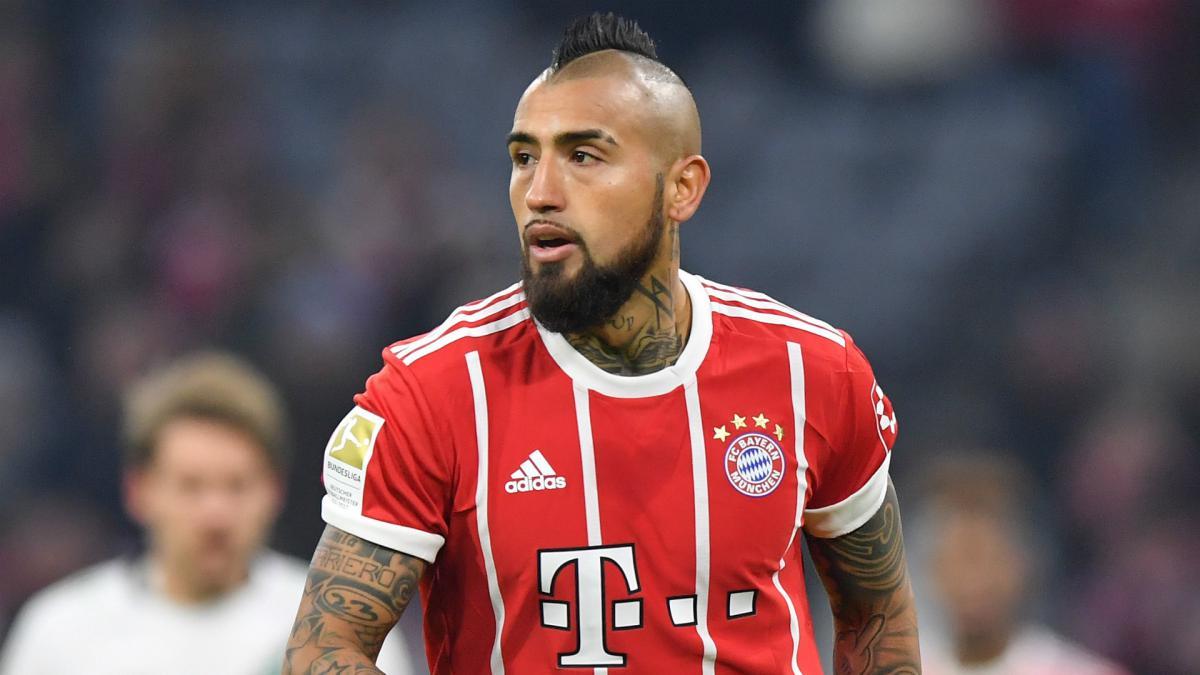 Bayern's Vidal ignoring Chelsea rumours