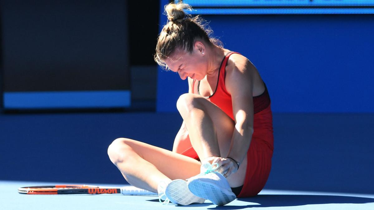 Simona Halep faces nervous wait over ankle injury