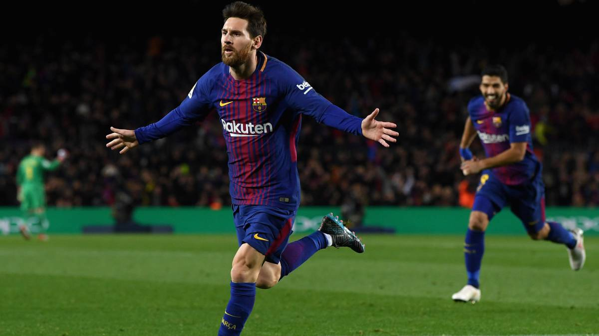 Lionel Messi of Barcelona celebrates after scoring his sides second goal  during the La Liga match 6df95f844b81b