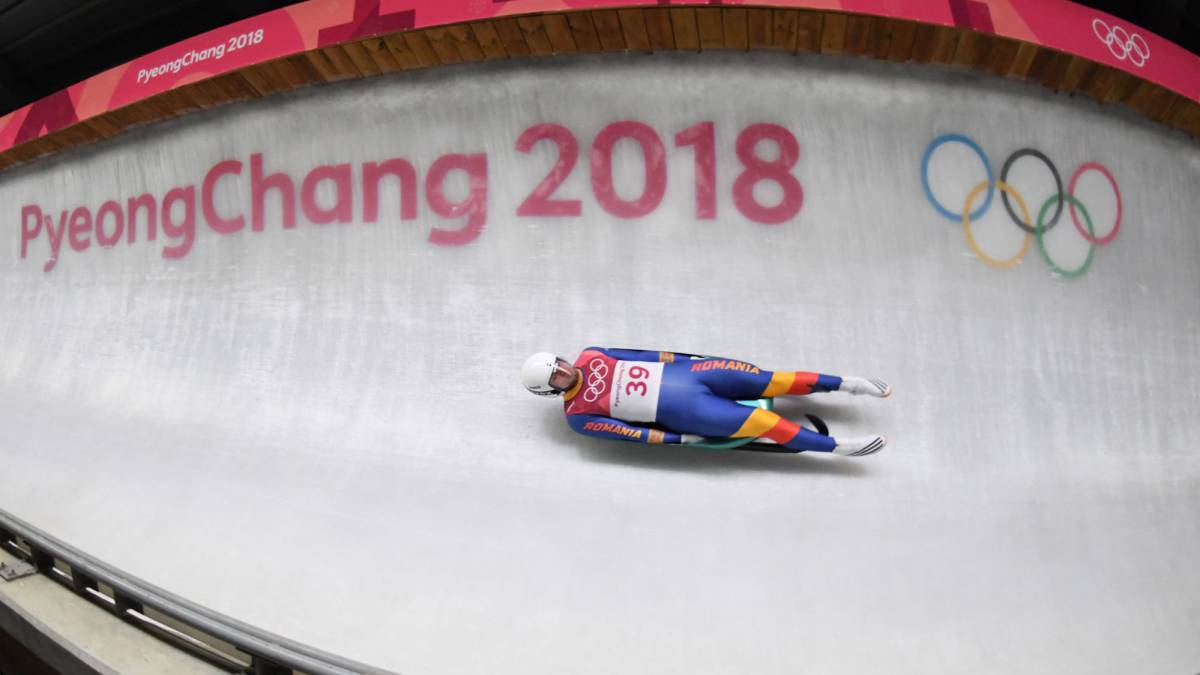 Winter Olympics 2018: Chris Mazdzer wins historic silver in men's singles luge