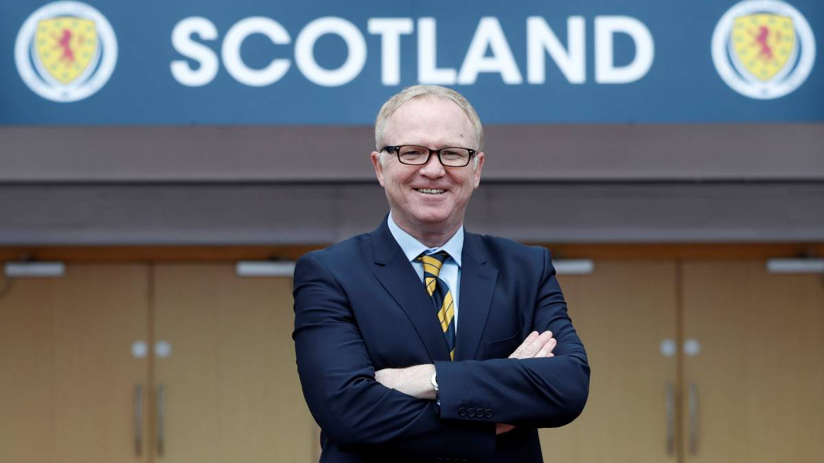 Alex McLeish back as manager of Scotland