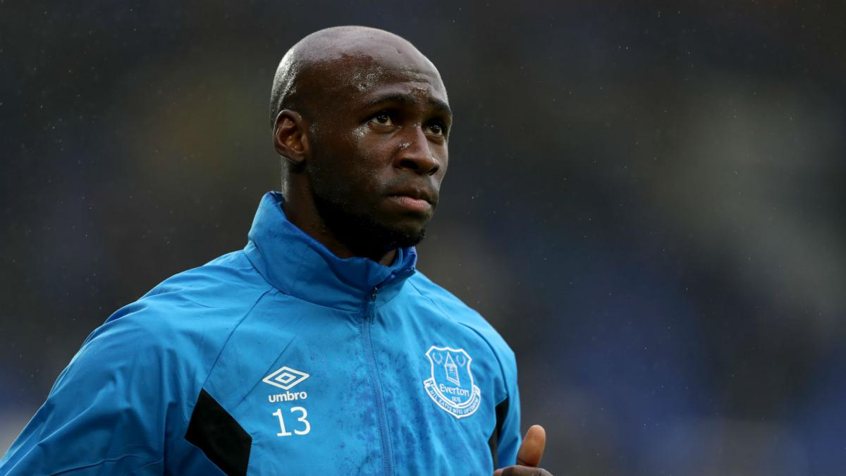 Everton Fear Long Term Injury For Eliaquim Mangala