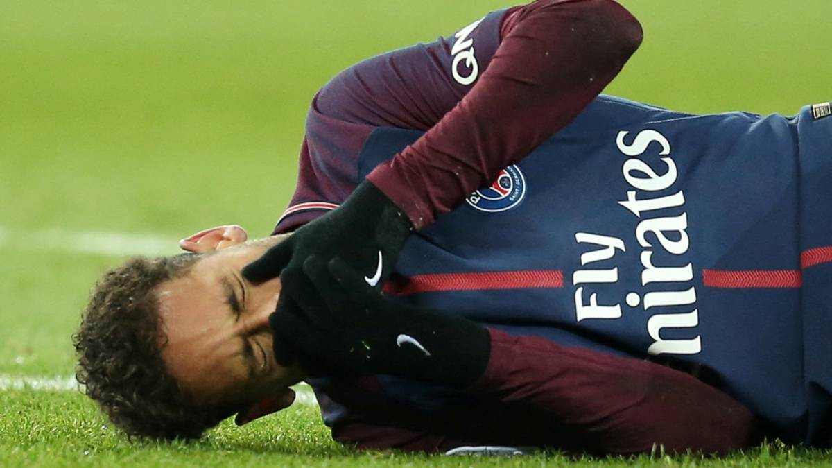 Neymar To Have Surgery On Injury Paris Saint Germain Confirm