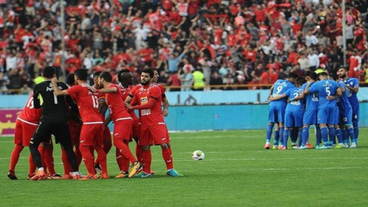 Esteghlal vs Persepolis  goals c7fcc630c