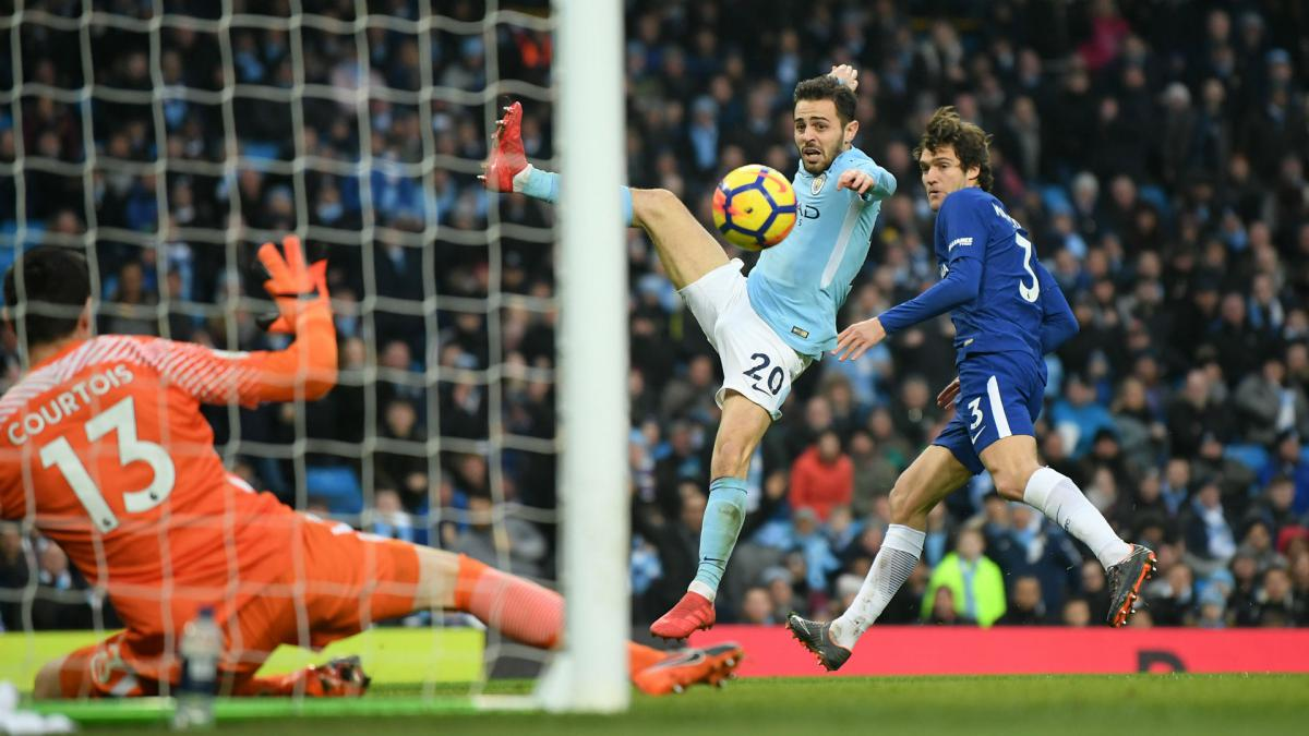 Bernardo Silva takes Manchester City nearer title