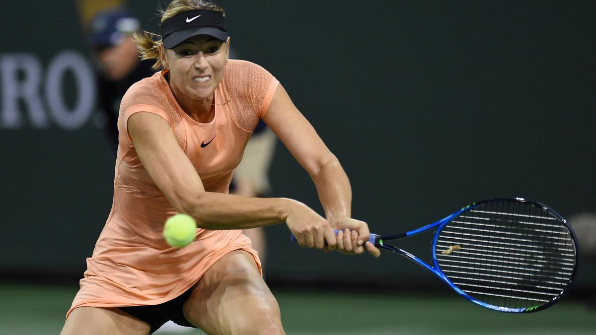 Sharapova upset by Osaka in first round at Indian Wells