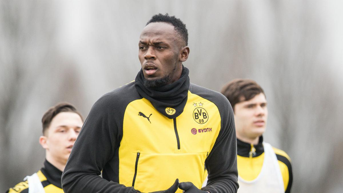 Usain Bolt lights up Borussia Dortmund training with brilliant goal and nutmeg