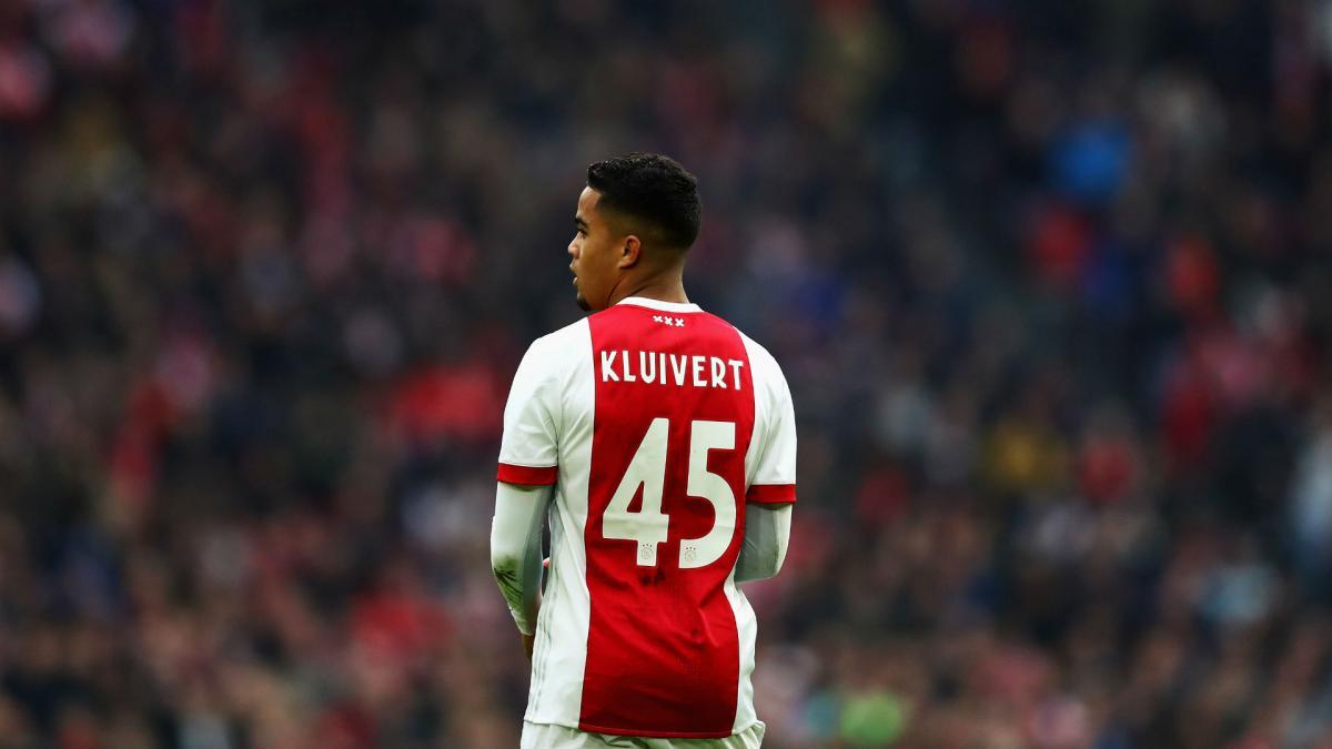 Juventus vill kopa kluivert