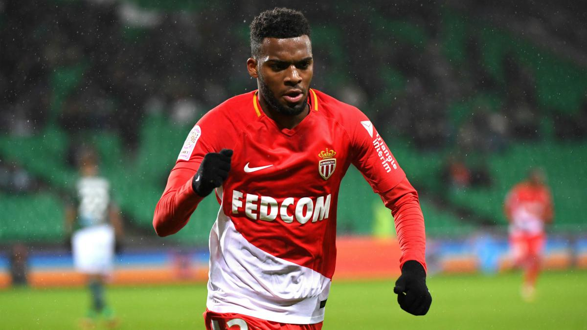 Lemar hopeful of new Arsenal & Liverpool bids