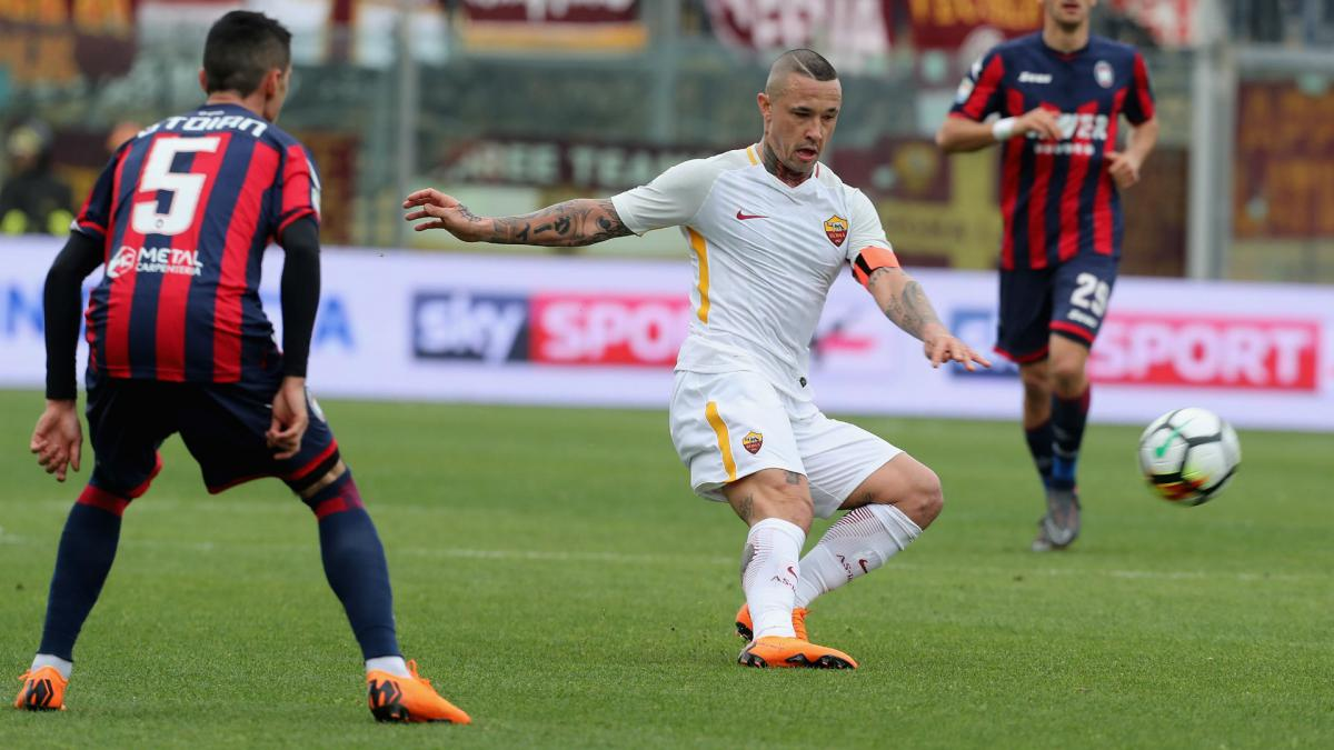 Dzeko saves a point for third-placed Roma at Bologna