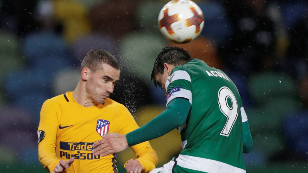 Diego Costa injured in Atletico Madrid's Europa League clash at Sporting