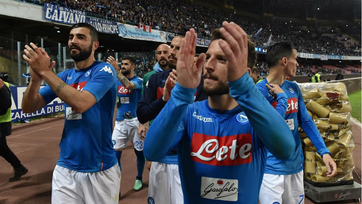 Napoli stun Juventus with last minute goal