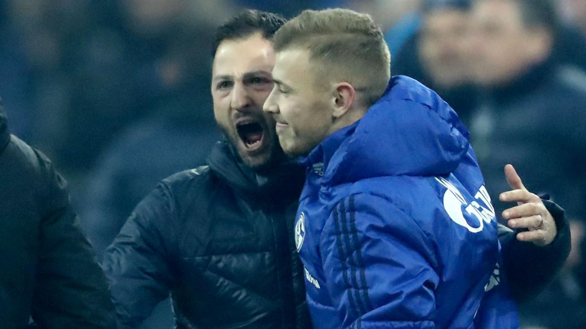 Schalke's Max Meyer hits back after chief claims transfer driven by money