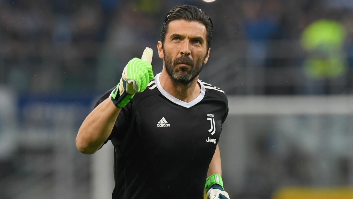 Buffon to walk away from Italy again