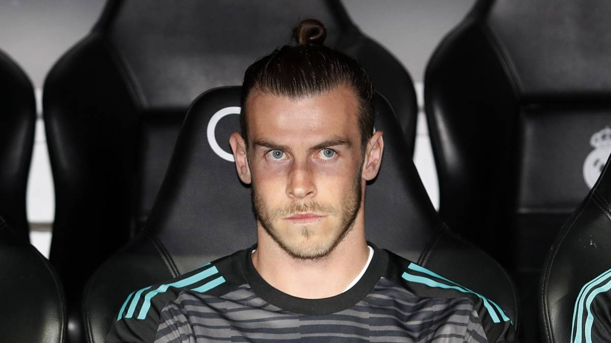 Real Madrid team news Bale dropped for Kiev final
