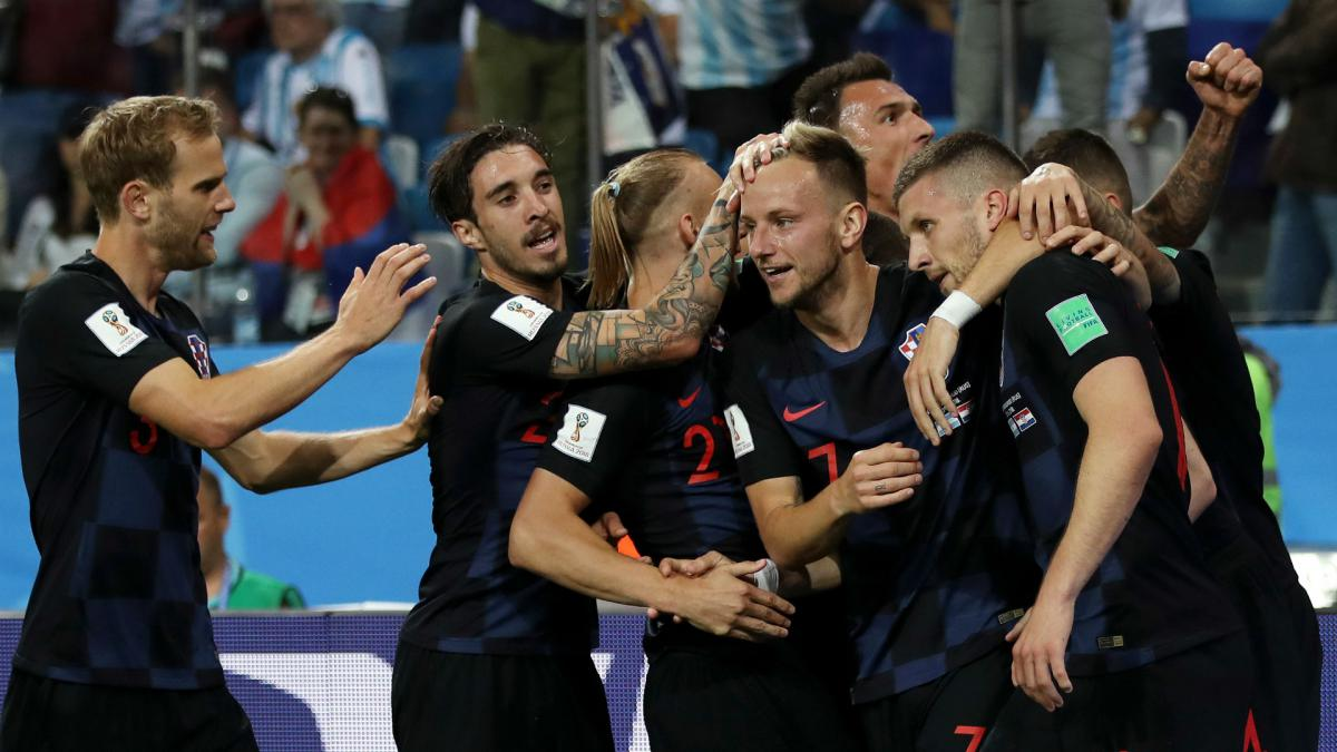 Croatia advance with win against Iceland