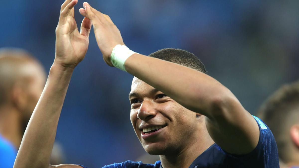 Kylian Mbappe wins World Cup Young Player award