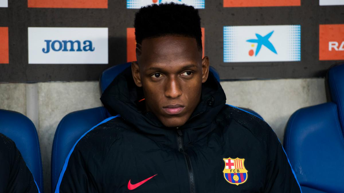 Wolves move for Barcelona defender Yerry Mina