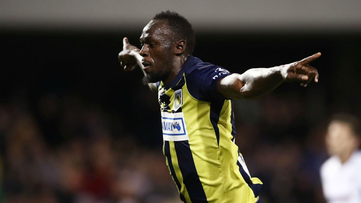Usain Bolt fires two goals in Central Coast Mariners trial