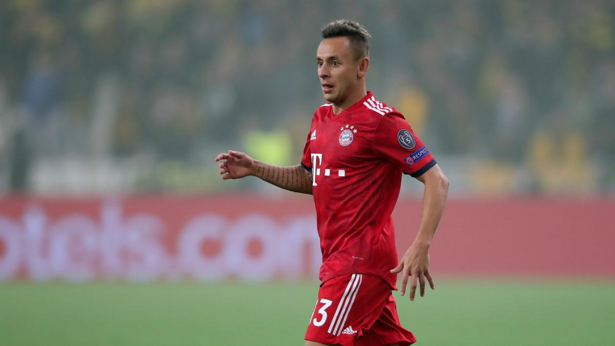 Bayern Munich's Rafinha apologises for 'Arab' Halloween costume