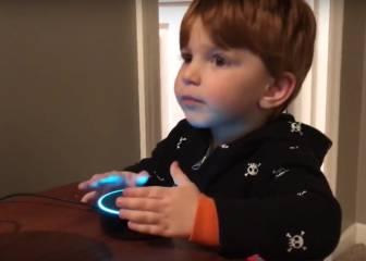Un niño pide una canción infantil y el asistente virtual le responde con porno