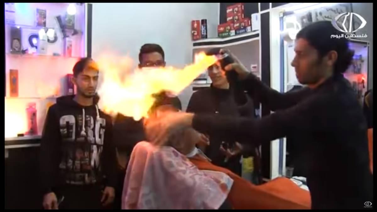 Corte de pelo con fuego en china