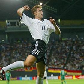 La Roma reconoce su interés por el alemán Klose