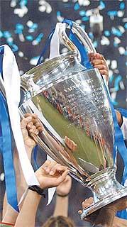 El Benfica, 'coco' para Deportivo y Real Madrid