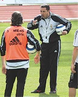"""Luxa: """"¿Joaquín y Reyes? Son buenos jugadores"""""""