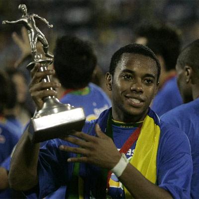 Robinho, mejor jugador y máximo goleador