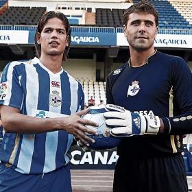 Zé Castro y Aranzubia ya lucen su nueva camiseta
